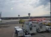 Máy bay Boeing 737-800 gặp sự cố phải quay đầu