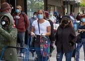 Mỹ thời COVID-19: Lao động cứ thất nghiệp, tỉ phú cứ giàu thêm