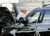 Ông Trump đi chơi golf sau hơn 2 tháng chống COVID-19