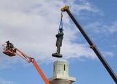Ông Trump nổi giận vì tượng đài nội chiến bị dẹp bỏ