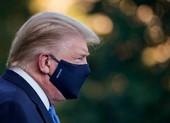 Video: Ông Trump lần đầu phát biểu sau khi mắc COVID-19