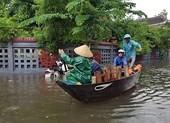 Hội An và vùng trũng Đà Nẵng ngập chìm trong lũ