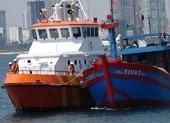 Vượt biển cứu 7 thuyền viên trên tàu bị hư hỏng, mất liên lạc