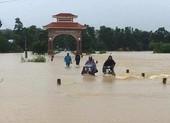 Hơn 350 trường học ở xứ Nghệ chưa thể khai giảng vì mưa lũ