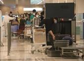 Chuyến bay chở 164 người từ London hạ cánh sân bay Cần Thơ