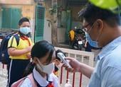 TP.HCM: Trường học dồn lịch kiểm tra 'chạy' COVID-19