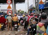Công dân về quê tự phát dồn dập, các tỉnh miền Tây quá tải khu cách ly