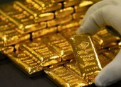 Giá vàng lại tăng dựng đứng, phá vỡ mốc 1.600 USD
