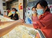 Giá vàng lại tăng đột biến, cao nhất năm tháng