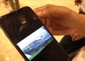 Chủ tịch Hà Nội trưng clip cát tặc lộng hành gần tàu cảnh sát