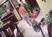 Mặc vợ ôm con nhỏ mới sinh, chồng đánh đập không thương tiếc