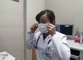 Cách đeo khẩu trang đúng hạn chế lây nhiễm virus Corona