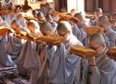 Giáo hội Phật giáo yêu cầu tăng ni cả nước cấm túc tại chùa