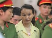 Bất ngờ hoãn phiên xử mẹ nữ sinh giao gà ở Điện Biên
