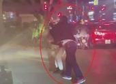 Khởi tố vụ tài xế xe bán tải đánh người nhắc dừng xe lâu