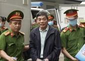 Bị cáo trong đại án gang thép Thái Nguyên được áp giải tới tòa