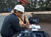 1 tài xế dúi tiền cho CSGT khi bị kiểm tra nồng độ cồn