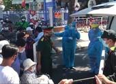 Đà Nẵng: Nhiều bệnh nhân chạy thận đứng chờ ngoài khu cách ly