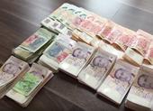 Người Việt bị phạt vì mang tiền vào Singapore không khai báo
