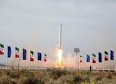 Iran phóng thành công vệ tinh quân sự đầu tiên vào quỹ đạo