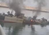 Video: Tàu Iran hỏng nặng khi trúng tên lửa của chính Iran
