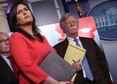 Đến lượt cựu Thư ký Báo chí Nhà Trắng ra sách tố ông Bolton