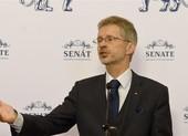Chủ tịch Thượng viện Czech đáp trả ông Vương Nghị vụ Đài Loan
