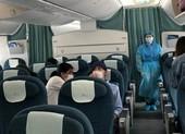 Đón 12 công dân mắc kẹt 10 ngày ở sân bay Nhật về nước