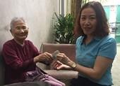 Mẹ VNAH 91 tuổi: 'Xưa chống giặc, giờ mẹ ủng hộ chống dịch'