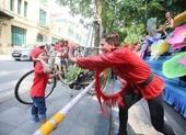 Hà Nội sôi động với Carnival và Liên hoan múa rồng