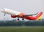 Hơn 240 công dân Việt Nam từ Singapore về nước