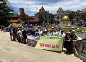 Khách du lịch chưa huỷ tour đến Đà Nẵng