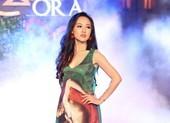 Dàn MC xinh đẹp của VTV lần đầu diễn thời trang