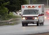 Kỳ lạ tim bệnh nhân đập trở lại sau khi xe cấp cứu gặp ổ gà