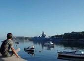 Tàu chiến mang tên lửa Nga cập cảng Cuba, tàu Mỹ theo dõi sát