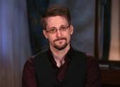 Mỹ muốn thu tiền bán cuốn hồi ký của Edward Snowden