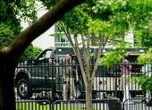 Ông Obama 'kẹt' trong Nhà Trắng bị phong tỏa vì vật thể lạ
