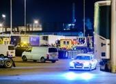 Tiếp tục phát hiện người nhập cư vào Anh trong container lạnh