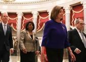 Bà Pelosi: Tất cả hạ nghị sĩ cùng bỏ phiếu luận tội ông Trump