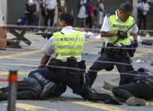 '31.000 cảnh sát Hong Kong không thể chấm dứt biểu tình'