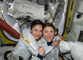 NASA phóng tàu vũ trụ toàn phụ nữ vào không gian