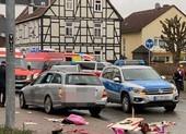 Đức: Tông xe vào trẻ em ở lễ hội, nghi tấn công có chủ đích