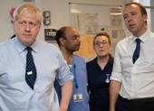 Anh có kế hoạch B nếu nội các ông Johnson nhiễm COVID-19 hết?