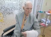 Cựu binh 99 tuổi sống sót qua Thế chiến 2 đánh bại COVID-19