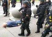 57 cảnh sát Mỹ nghỉ việc sau khi 2 đồng nghiệp bị đình chỉ