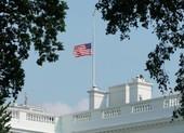 Ông Trump cho treo cờ rủ 3 ngày tưởng nhớ nạn nhân COVID-19