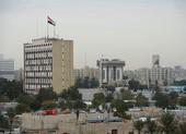 Rocket rơi xuống Vùng Xanh ở Iraq, Mỹ cho trực thăng tuần tra