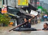 Indonesia đón năm mới trong nước lũ, 21 người chết