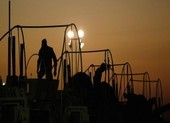 Xe chở thiết bị quân sự Mỹ nổ tung gần biên giới Iraq-Kuwait