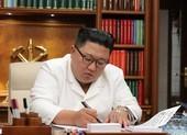 Ông Kim 'ngoài lạnh trong nóng' chờ tân thủ tướng Nhật
